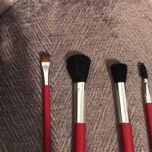 Accessories - Brush set and bag